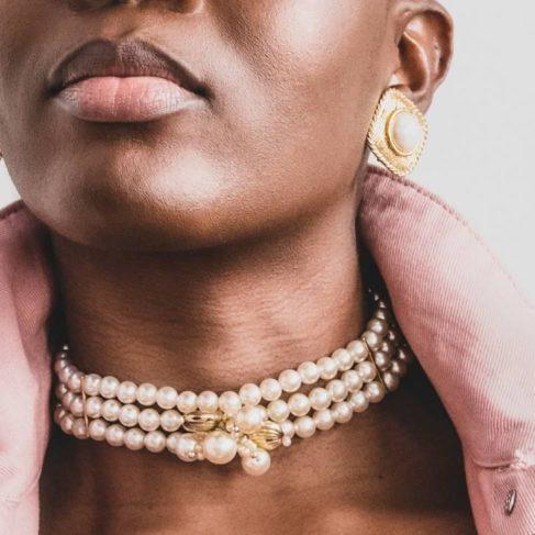 Perles portées- collier- Le Sens du détail